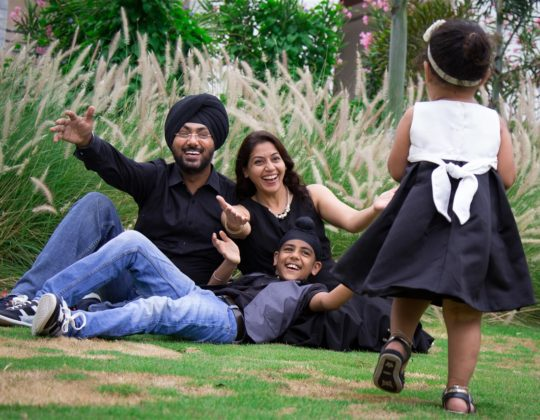 Family portrait-Shashiclicks-outdoor shoot